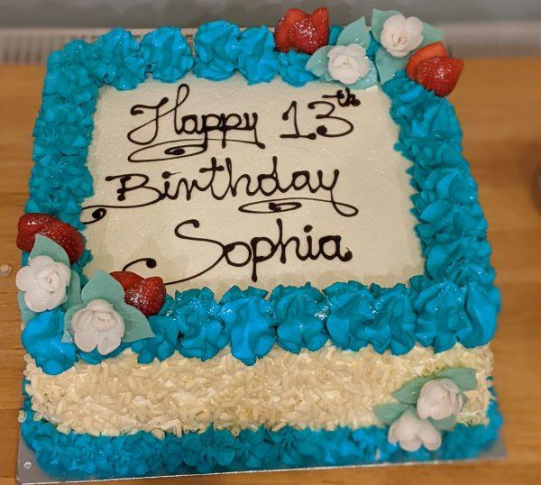 12-inch-fresh-fruit-an-cream-spnge-cake